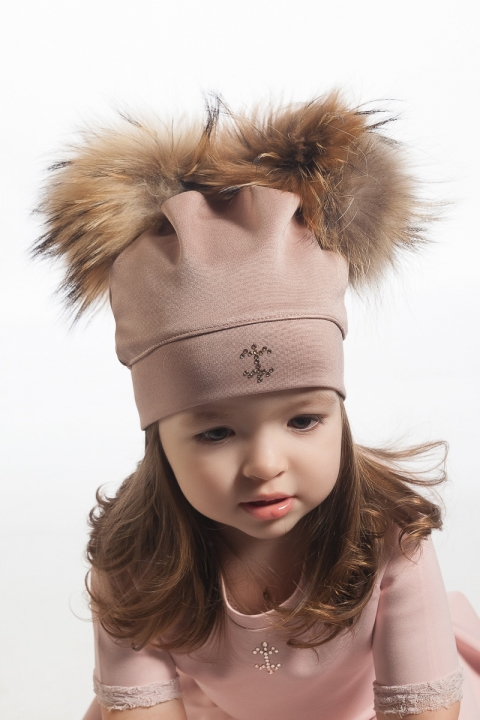 Детска шапка с естествен двоен пух от лисица