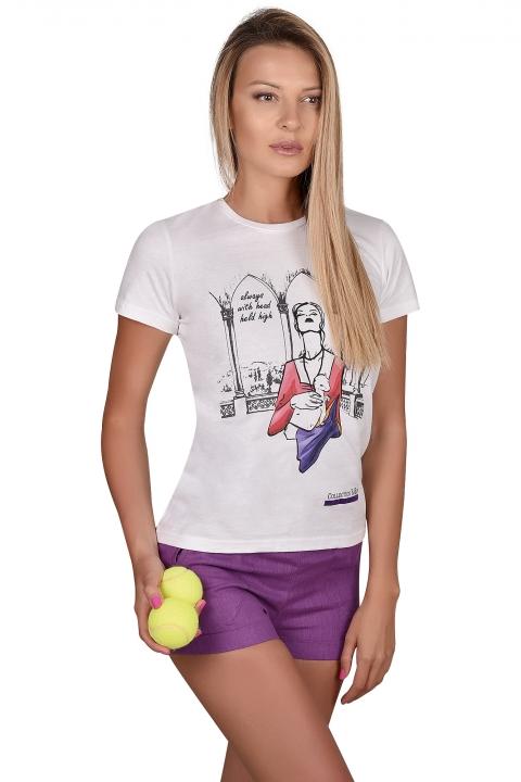 Спортна тениска